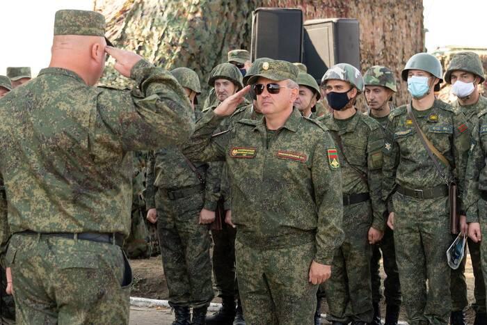 Вадим Красносельский наблюдал за ходом ротного тактического учения Вооруженных сил ПМР