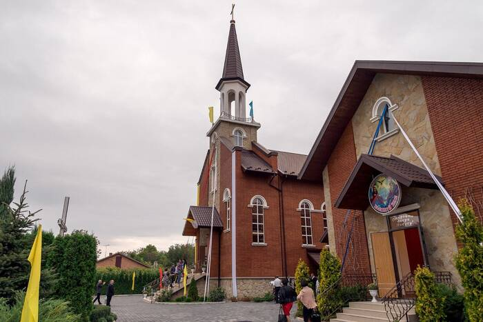 Вадим Красносельский поздравил представителей Римско-католической церкви с Пасхой