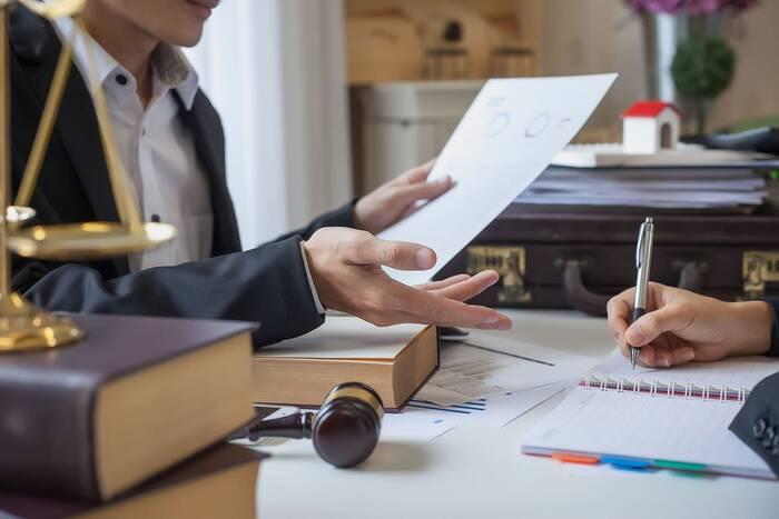 Депутаты приняли в первом чтении новый закон об адвокатской деятельности