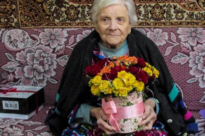 Ветерану Великой Отечественной войны Евгении Полоз из Каменки исполнилось 98 лет