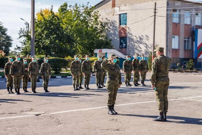 Военнослужащие Вооружённых сил ПМР демонстрируют, чему научились за год