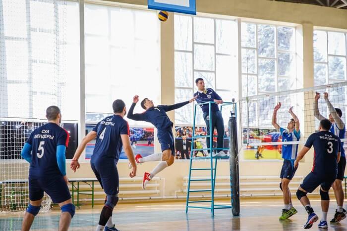 Волейболисты «СКА» обыграли столичное «Динамо»