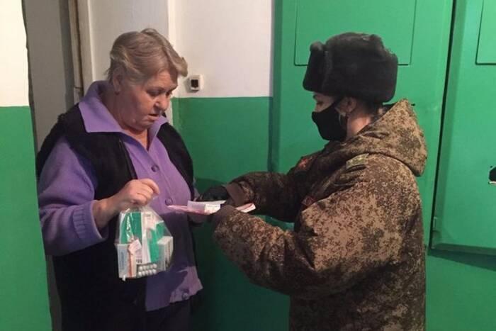 Волонтёры продолжают оказывать помощь гражданам