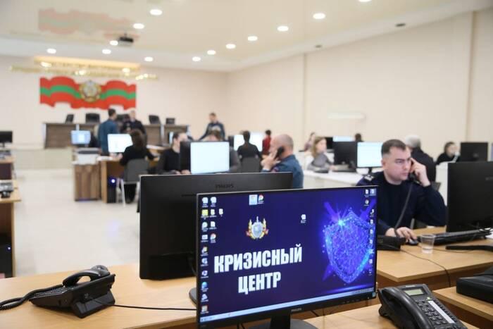 За три дня кризисные центры одобрили 66% заявок на выезд за пределы республики