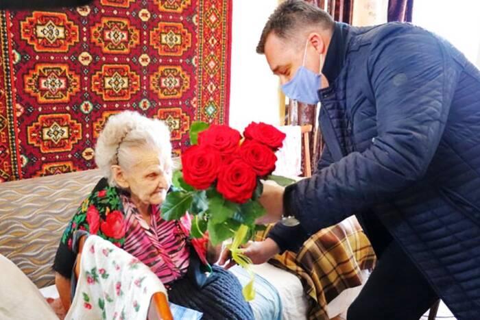Ветеран Великой Отечественной войны Лидия Молдованова отмечает 97-летие