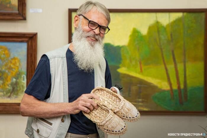Живописец, график, мастер декоративного искусства. К своему 70-летию Павел Китаев представил персональную выставку